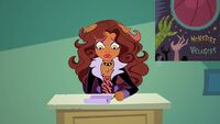 Copy Canine - nervous Clawdeen