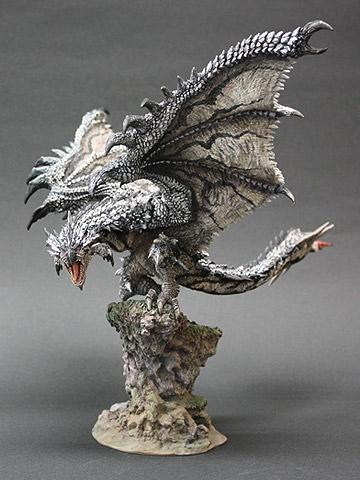 File:Capcom Figure Builder Creator's Model Silver Rathalos 001.jpg