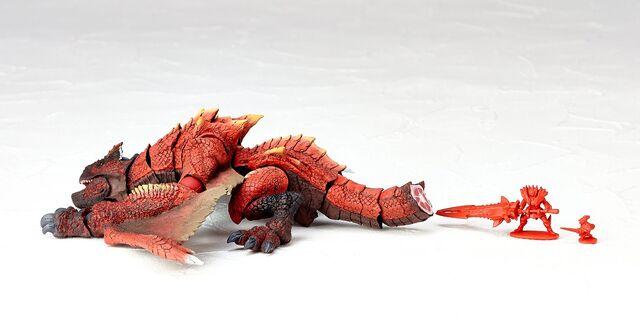 File:Revoltech-Molten Tigrex Figure 005.jpg
