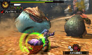 MH4U-Congalala and Tigerstripe Zamtrios Screenshot 001