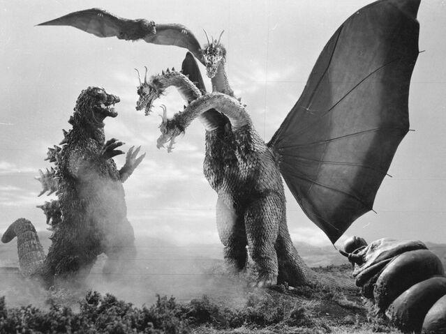 File:Godzilla kingghidorah mothralarva.jpg