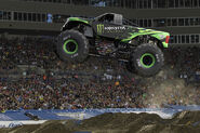 MonsterEnergyF15017 01Coty