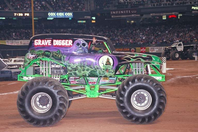 grave digger 7 monster trucks wiki fandom powered by wikia. Black Bedroom Furniture Sets. Home Design Ideas