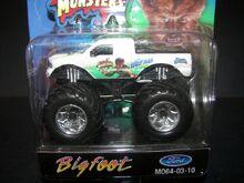 M064-03-10 Bigfoot-Wolfman (2)