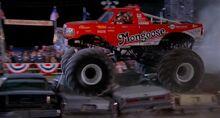 Custom-made-monster-truck-039798