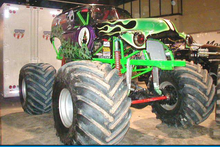 Grave Digger 8