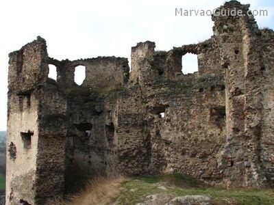 Velky Kamenec Castle ruins