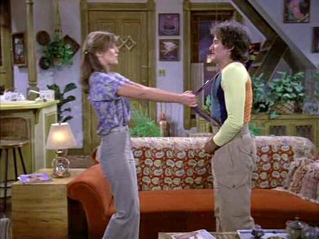 File:Mork and Mindy Stark Raving Mork Pam Dawber Robin Williams.jpg