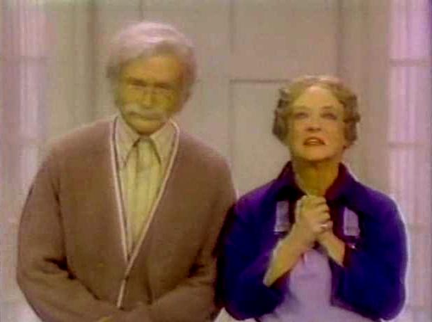 File:Laugh-In 1977 Bette Davis and Robin Williams.jpg