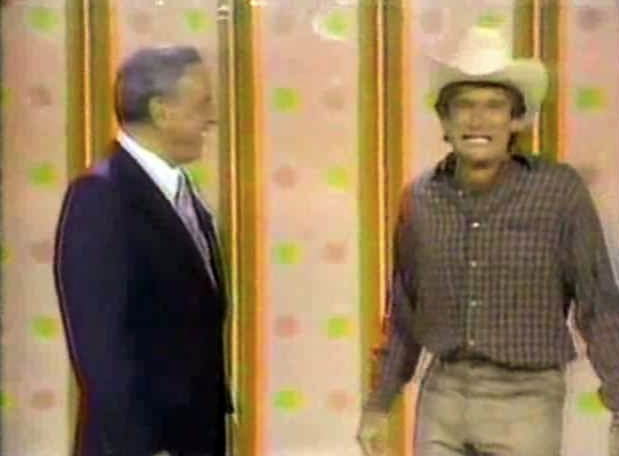 File:Laugh-In 1977 Robin Williams and Frank Sinatra.jpg