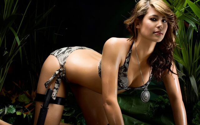 File:Sexy-woman-wallpapers 13892 1280x800.jpg