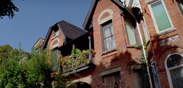 File:Brownstone, exterior up.png