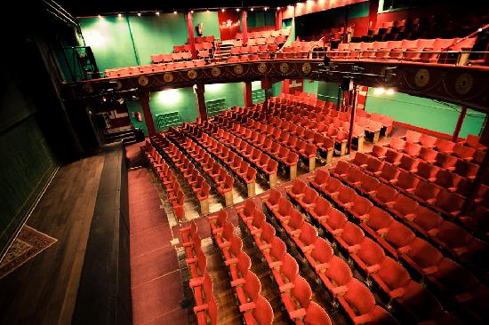 File:Stage and seating of the Coliseum Theatre.jpg