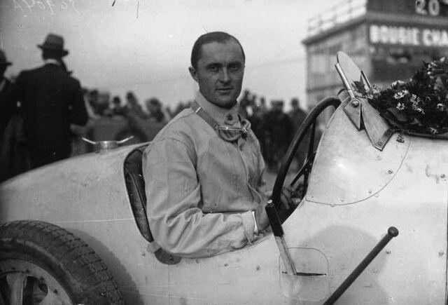 File:Louis Chiron 1927.jpeg