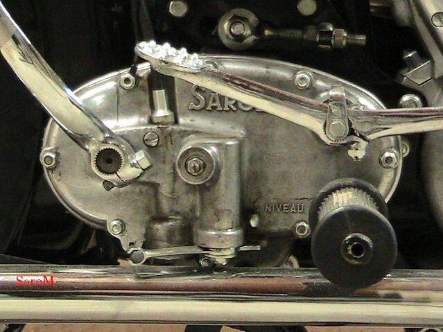 Datei:Getriebe Vedette Bauj.1951 Nr.16684B.JPG