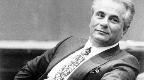 Top 5 Most Powerful Mob Bosses Ever