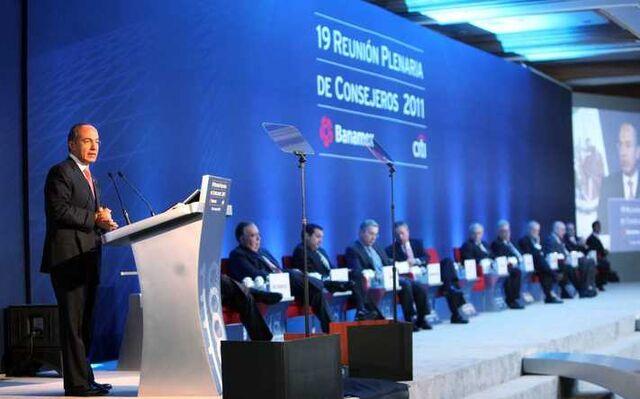 File:Felipe Calderon, Mexico, 2011.jpg