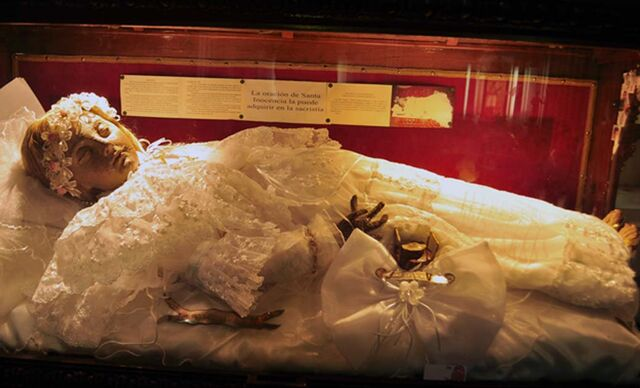 File:Child-Mummy.jpg