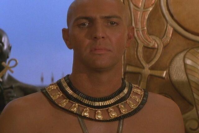 File:The-Mummy-Returns-2001-the-mummy-movies-6292972-720-480.jpg