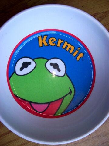 File:Zak designs kermit bowl.jpg