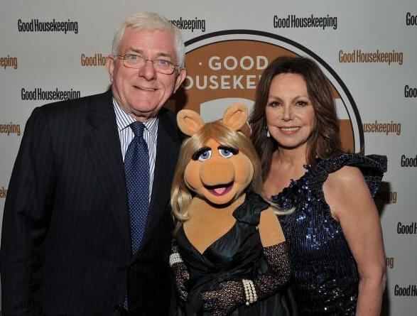 File:Phil Donahue Marlo Thomas.JPG