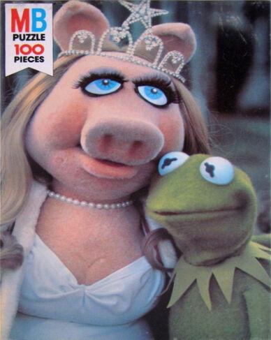 File:Milton bradley 1979 puzzle muppet movie beauty contest.jpg