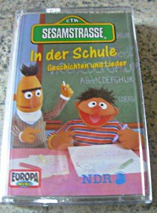 File:InDerSchuleCassette.jpg