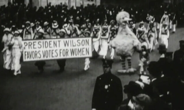 File:Big Bird Votes for Women.jpg