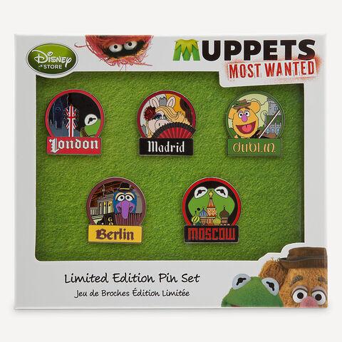 File:MuppetsMostWanted-LimitedEditionPinSet.jpg