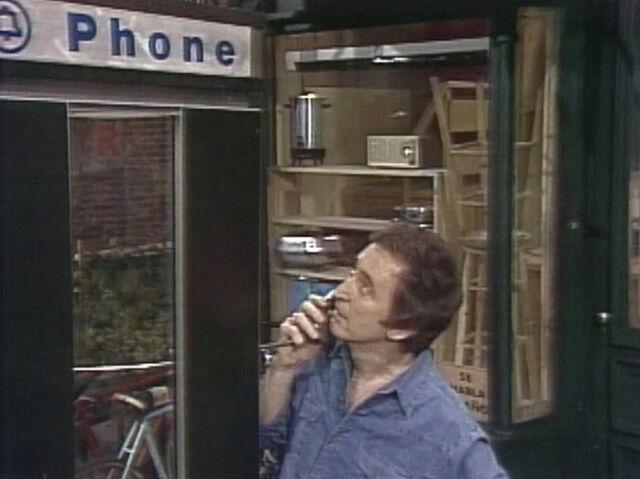 File:Bob vs phone.jpg
