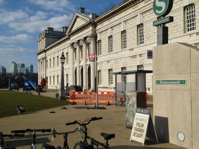 File:MMW-Greenwich-Berlin-set.jpg