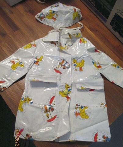 File:Jc penney bird raincoat 1.jpg