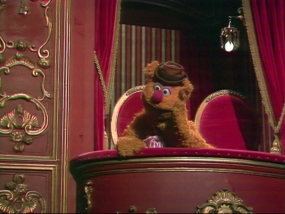 Fozzie 39 s name muppet wiki fandom powered by wikia for Balcony muppets
