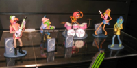 Electric Mayhem figures