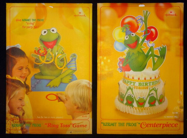 File:Hallmark 1981 kermit party centerpiece ring toss.jpg