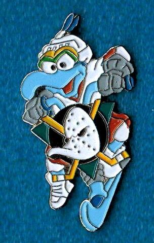 File:Hockey pin anaheim ducks.jpg