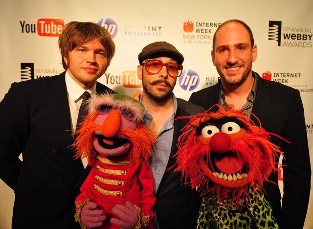 File:Webbys OK Go Floyd Animal.jpg