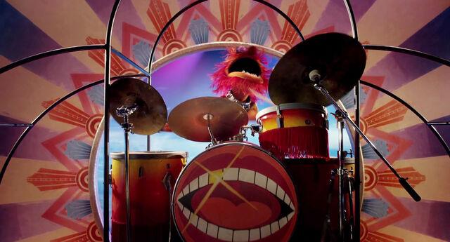 File:Muppets2011Trailer01-1920 12.jpg