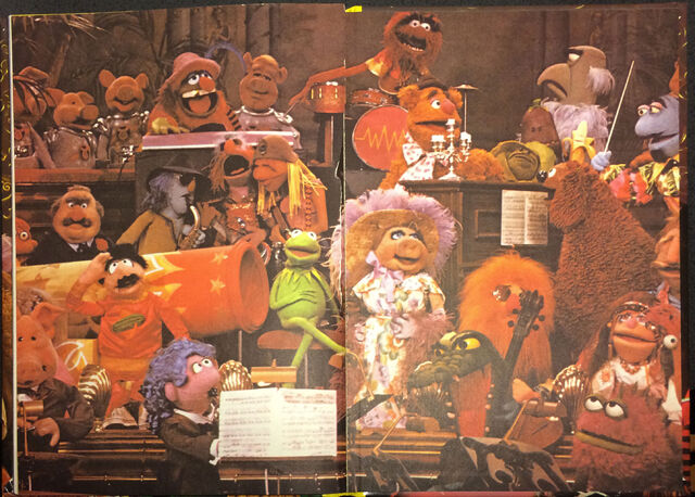 File:The Muppet Show Annual 1978 photos 32.jpg