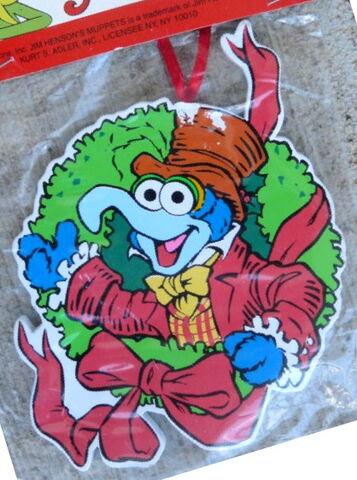 File:Kurt adler muppet christmas carol wreath gonzo.jpg