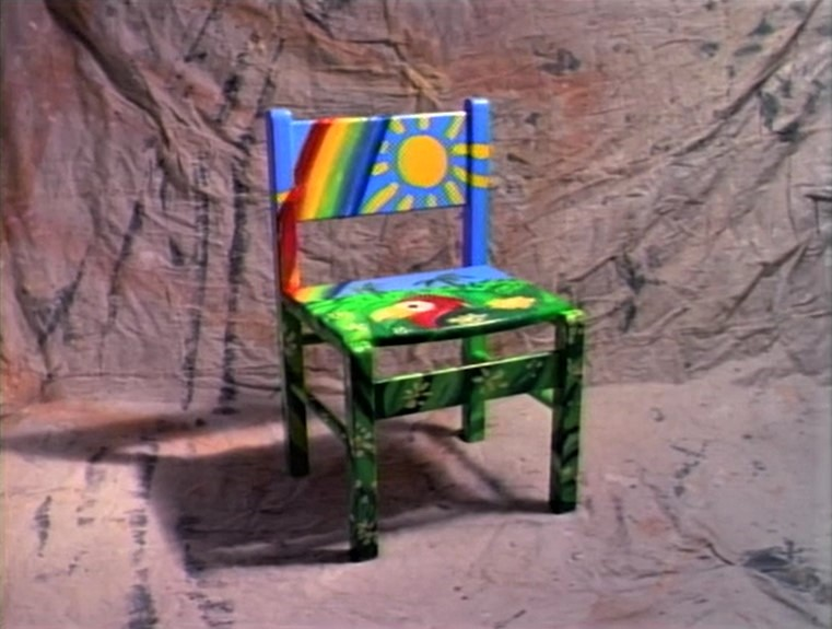 File:BeforeAfter.chair.jpg