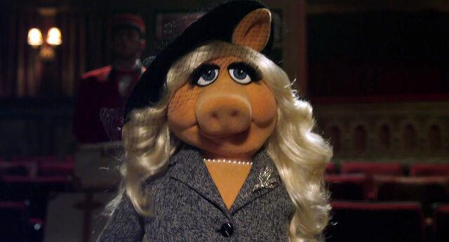 File:Muppets2011Trailer01-1920 11.jpg