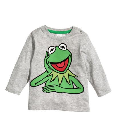 File:H&M-Kermit-LongsleeveShoulderButtonShirt-(Spring2013).jpg