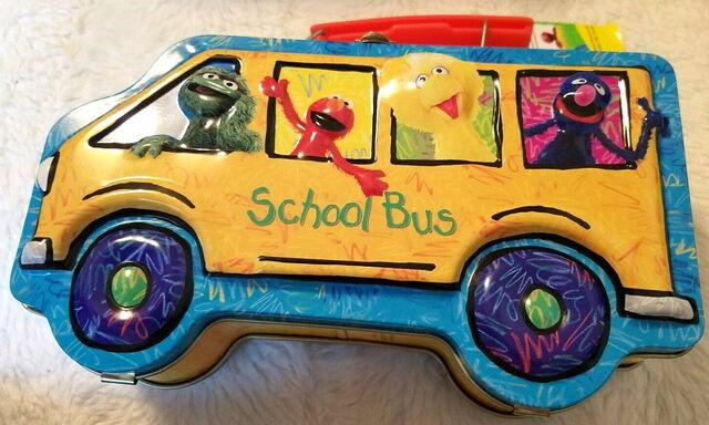 File:Msrf 2005 school bus lunchbox.jpg