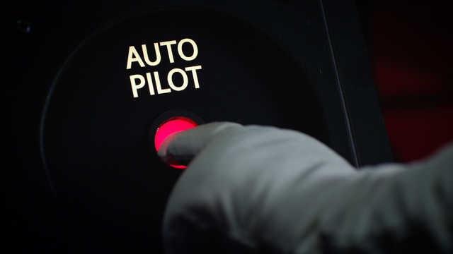 File:MMW extended cut 1.44.01 auto pilot.png