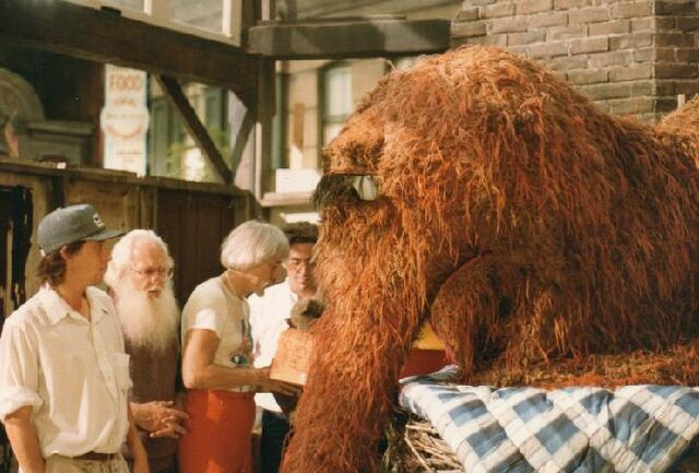 File:Snuffy bts.jpg