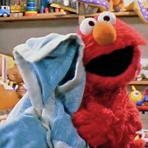 File:Elmo and blanket.jpg