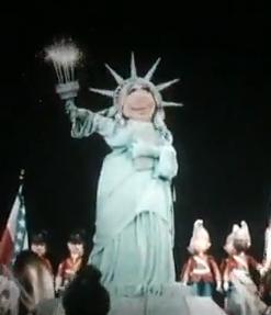 File:Miss piggy muppet vision.jpg