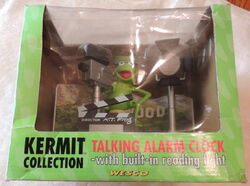 Weco uk alarm clock kermit collection talking lights camera action 2