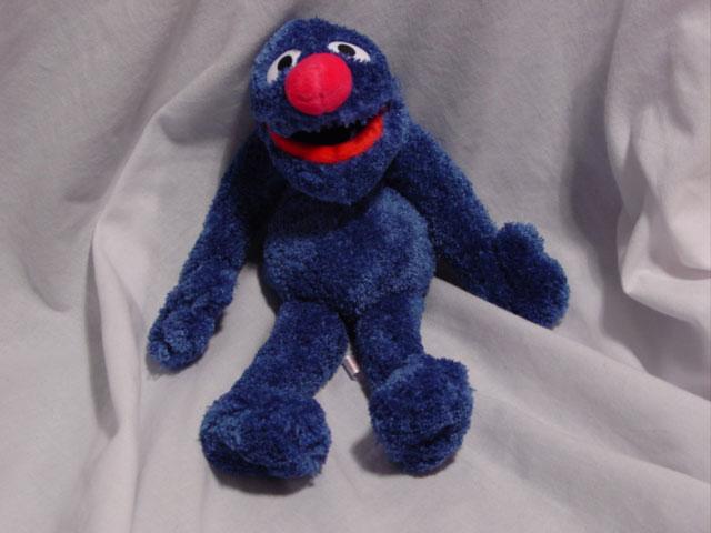 File:Grover Sesame Place 2004 Beanbag.jpg